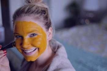 زردچوبه و عسل , خواص زردچوبه و عسل , ماسک زردچوبه و عسل , ترکیب زردچوبه و عسل
