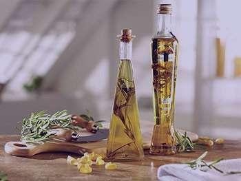 سرکه بالزامیک و روغن زیتون ، مخلوط سرکه بالزامیک و روغن زیتون ، ترکیب سرکه بالزامیک و روغن زیتون