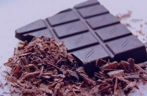 خواص شکلات تلخ در کاهش وزن ، خواص شکلات تلخ ، خواص شکلات تلخ برای لاغری