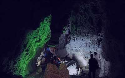 غار نخجیر،غار چال نخجیر دلیجان,عکس غار نخجیر,شماره تلفن تماس غار نخجیر