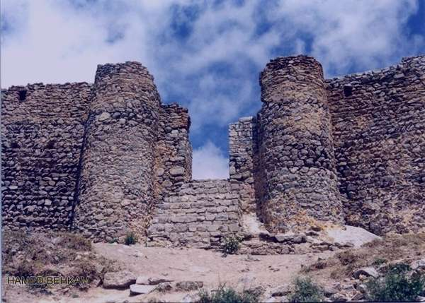 قلعه بابک،قلعه بابک خرمدین,قلعه بابک عکس,قلعه بابک تبریز