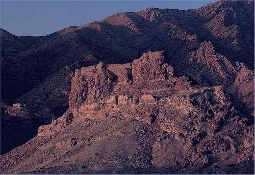 قلعه الموت،قلعه الموت قزوین,قلعه الموت کجاست,قلعه الموت حسن صباح