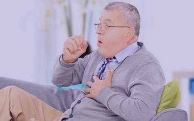 عفونت ریوی, علل عفونت ریوی در سالمندان, نشانه های عفونت ریوی در سالمندان