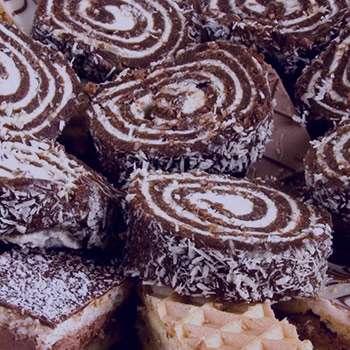 تعبیر خواب شیرینی , شیرینی در خواب , تعبیر دیدن شیرینی در خواب دیدن