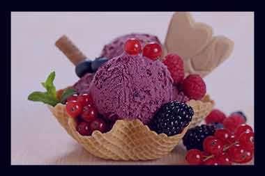 تعبیر خواب بستنی خوردن خریدن دادن زعفرانی میوه ای