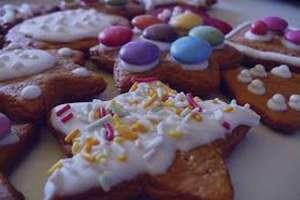 تعبیر خواب شیرینی , تعبیر خواب جعبه شیرینی , تعبیر خواب شیرینی خامه ای , در خواب شیرینی دیدن