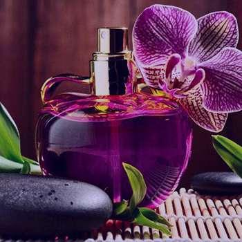 تعبیر خواب عطر , تعبیر خواب عطر هدیه گرفتن , تعبیر خواب عطر زدن