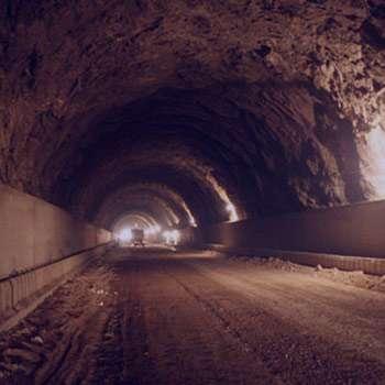 تعبیر خواب تونل , تعبیر خواب تونل روشن , تعبیر خواب عبور از تونل