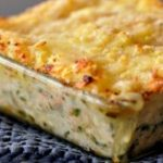 دستور پخت و طرز تهیه خوراک سیب زمینی با پنیر بسیار خوشمزه و عالی