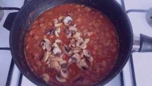 طرز تهیه خوراک لوبیا چیتی با قارچ , خوراک لوبیا چیتی با قارچ , خوراک لوبیا چیتی