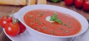 سوپ گوجه فرنگی با روغن ریحان , طرز تهیه سوپ گوجه فرنگی با روغن ریحان , دستور پخت سوپ گوجه فرنگی با روغن ریحان