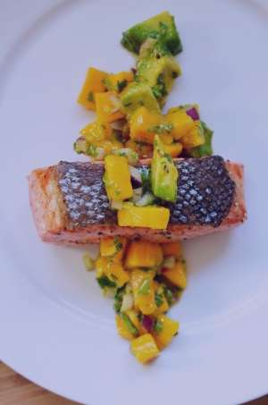 طرز تهیه ماهی سالمون با انبه و آووکادو , ماهی سالمون با انبه و آووکادو , ماهی سالمون با انبه