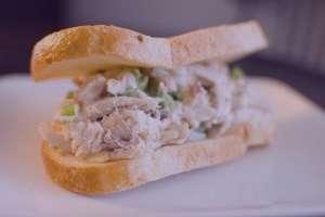 طرز تهیه ساندویچ سالاد مرغ , ساندویچ سالاد مرغ , دستور تهیه ساندویچ سالاد مرغ
