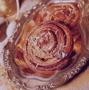 طرز تهیه شیرینی رول دارچینی , شیرینی رول دارچینی , دستور پخت شیرینی رول دارچینی