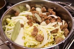 طرز تهیه خورش کلم و سوسیس ایتالیایی , خورش کلم و سوسیس ایتالیایی , خورش کلم