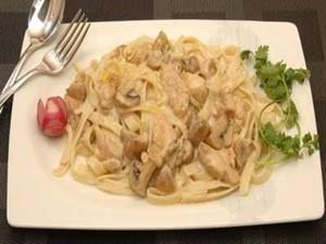 طرز تهیه اسپاگتی با سس مرغ , اسپاگتی با سس مرغ , دستور تهیه اسپاگتی با سس مرغ