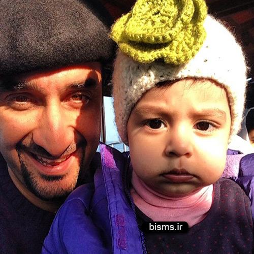 عکس دختر نیما کرمی در استخر