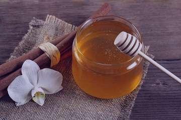 خواص عسل و دارچین,خواص عسل و دارچین برای لاغری,خواص عسل و دارچین برای پوست,خواص عسل و دارچین برای پوست صورت