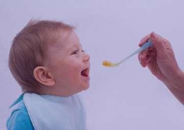 سرفه کودکان زیر یک سال , سرفه کودک زیر یک سال , درمان سرفه کودکان زیر یک سال , سرفه در کودکان زیر یک سال