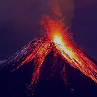 شعر در مورد آتشفشان