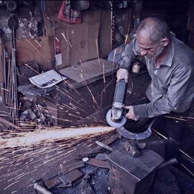 شعر در مورد آهنگری