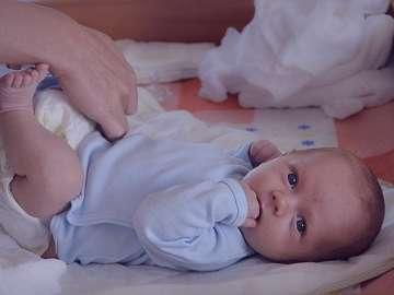 یبوست و خون در مدفوع , یبوست و خون در مدفوع کودک , یبوست+ خون در مدفوع , یبوست و وجود خون در مدفوع