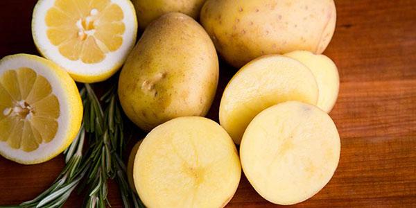 آب سیب زمینی , آب سیب زمینی برای چاقی صورت , آب سیب زمینی برای رشد مو , آب سیب زمینی برای پوست