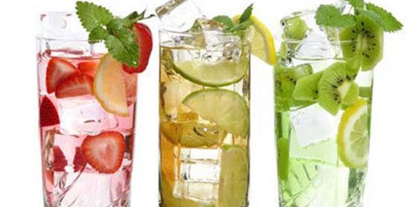 نوشیدنی های خنک , نوشیدنی های خنک کننده , نوشیدنی های خنک کافی شاپ , نوشیدنی های خنک و خوشمزه