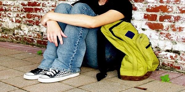 اضطراب در نوجوانان ، درمان اضطراب در نوجوانان ، دلایل اضطراب در نوجوانان ، اضطراب اجتماعی در نوجوانان