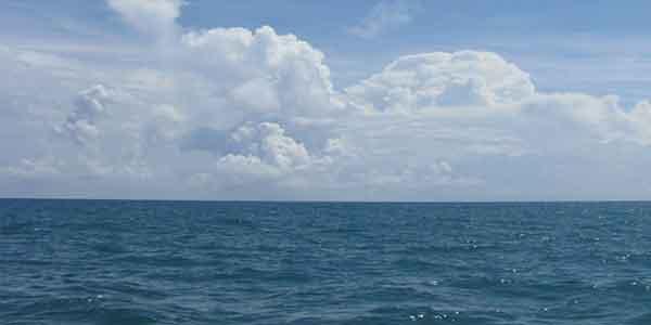 متن انگلیسی در مورد دریا ، متن علمی در مورد دریا ، متن در مورد دریا و عشق ، متن در مورد دریا غمگین