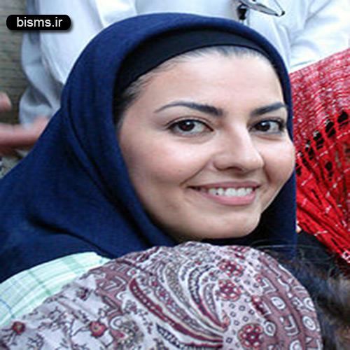 عکس آناهیتا همتی در کنار توله سگ هایش