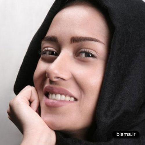 عکس جدید پریناز ایزدیار در نمایشنامه خوانی
