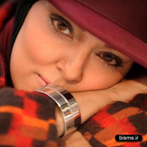 عکس های جدید پرستو گلستانی در آرامگاه بابا طاهر