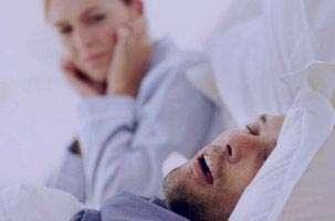 خرخر کردن در خواب را نادیده نگیرید