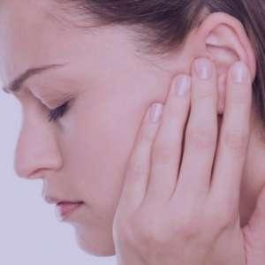 ۶ درمان موثر برای گوش درد