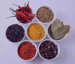 11 گیاه دارویی پایین آورنده قند خون