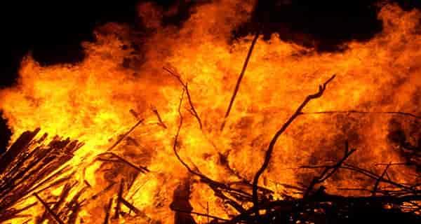 تعبیر خواب آتش گرفتن خانه همسایه , تعبیر خواب آتش گرفتن جنگل , تعبیر خواب آتش گرفتن مرده , تعبیر خواب آتش گرفتن انسان