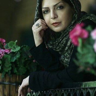 اشعار نیلوفر لاری پور