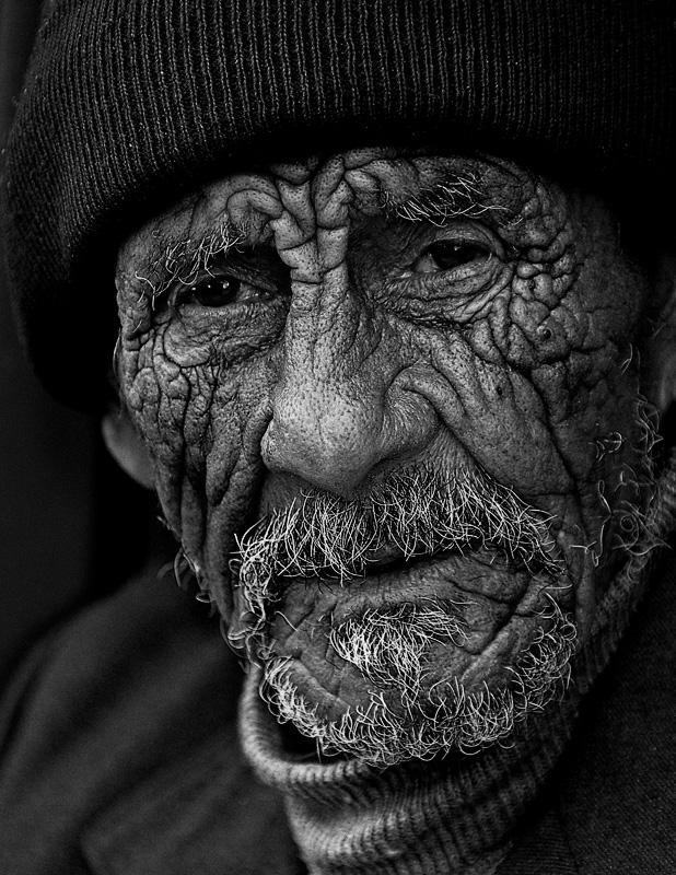 شعر در مورد پیر مرد