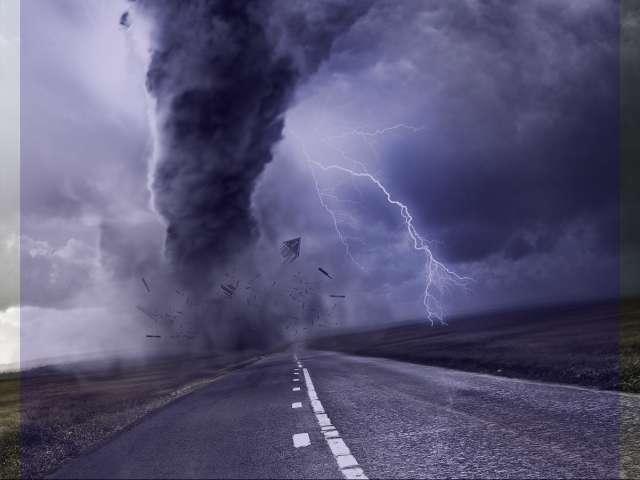شعر در مورد طوفان