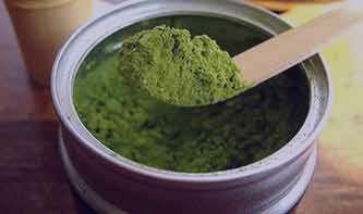 عوارض و خواص خوردن چای سبز در دوران شیردهی و بارداری