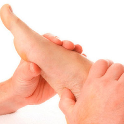 علت و دلایل و درمان احساس درد روی پا هنگام راه رفتن در بارداری