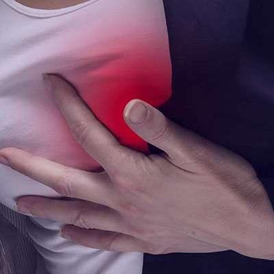 درد نوک سینه , علت درد نوک سینه , درمان درد نوک سینه , درد و تورم نوک سینه