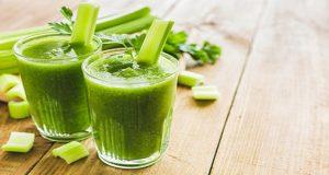 خواص و مضرات و بهترین زمان خوردن آب کرفس و هویج چیست