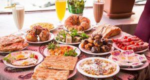 طرز تهیه سینی صبحانه لاکچری شیک ایرانی دونفره