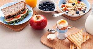 طرز تهیه صبحانه رژیمی ساده لاغری برای افراد چاق