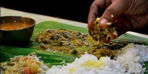 غذا خوردن با دست , غذا خوردن با دست چپ , غذا خوردن با دست در اسلام , غذا خوردن با دست چپ چه حکمی دارد