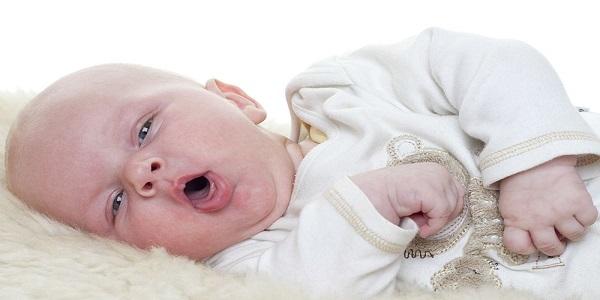 سرفه خشک در نوزادان