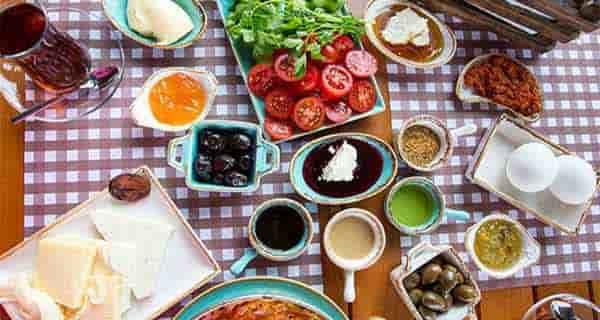 عکس صبحانه , عکس صبحانه در طبیعت , عکس صبحانه عاشقانه , عکس صبحانه ایرانی
