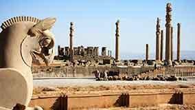 در مورد تخت جمشید در شیراز بیشتر بدانید